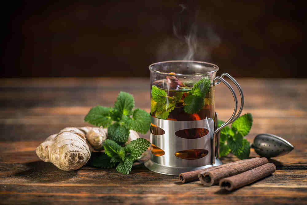 Emzirme Döneminde Güvenli Bitki Çayları