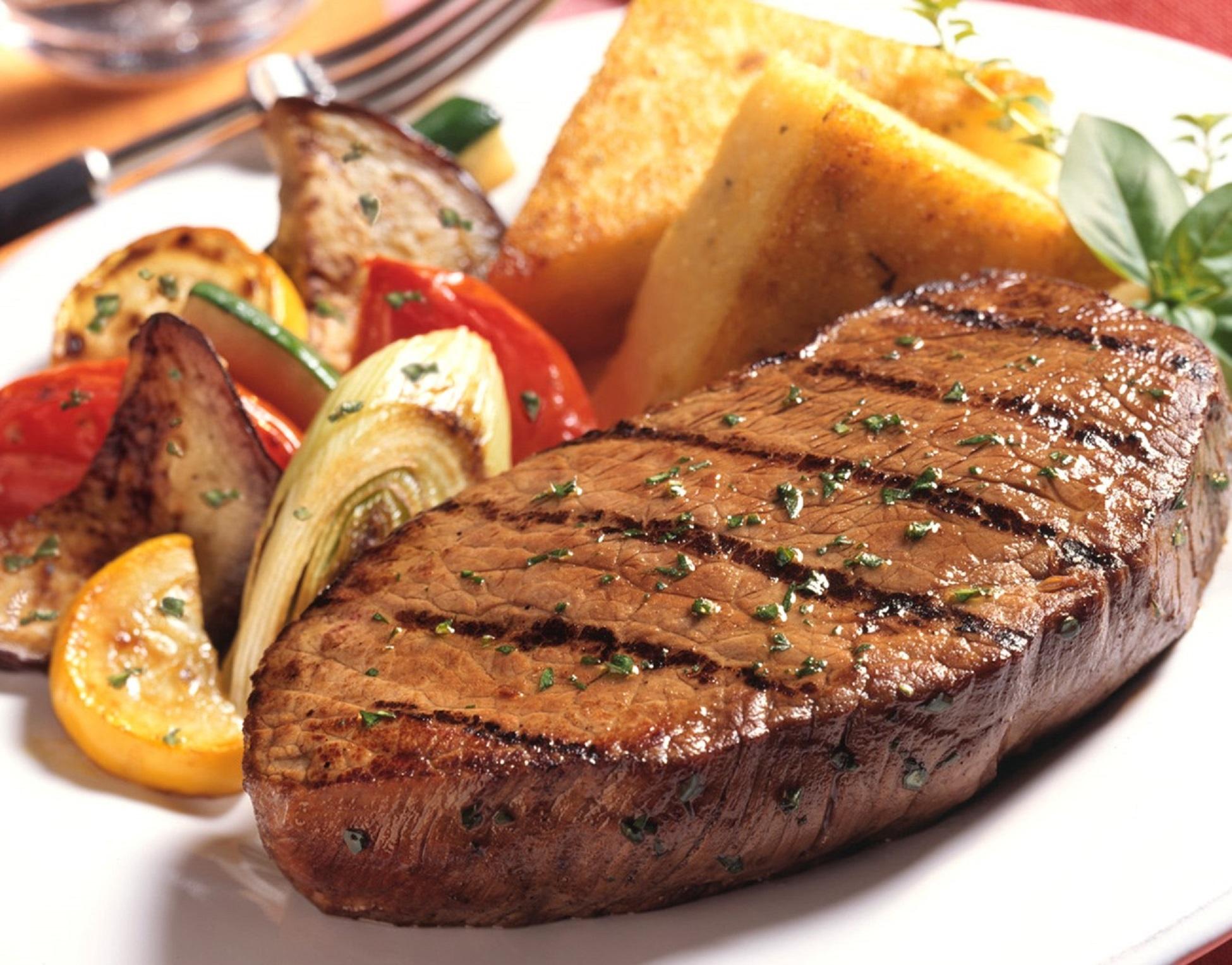 Kırmızı Et Yemek Meme Kanseri Riskini Arttırır mı?