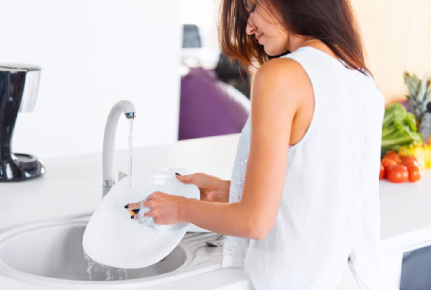 Günlük Ev İşleri Yaparak Sağlıklı Kalın