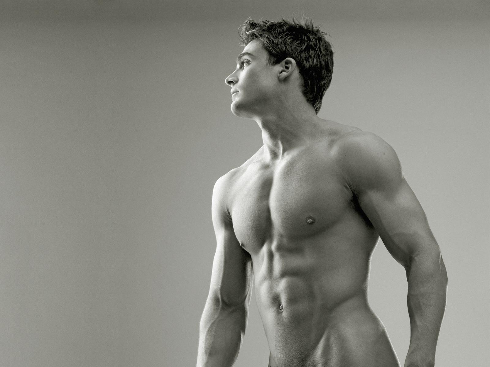 голые тела мужчины задницы большие