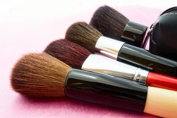 Sağlıklı Güzellik İçin Kozmetik Ürünlerinizi Bilinçli Seçin!