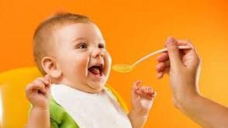 Bebeğin Ek Gıdıya Severek Alışması