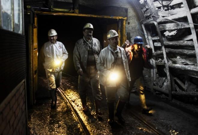 Hayatını Kaybeden Maden İşçilerimizi Saygıyla Anıyoruz