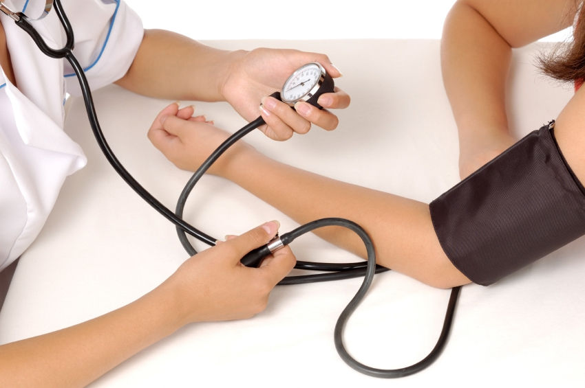 Yüksek Kan Basıncını Nasıl Kontrol Edelim?