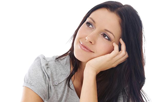 Regl döneminde neden ağızda yara olur?