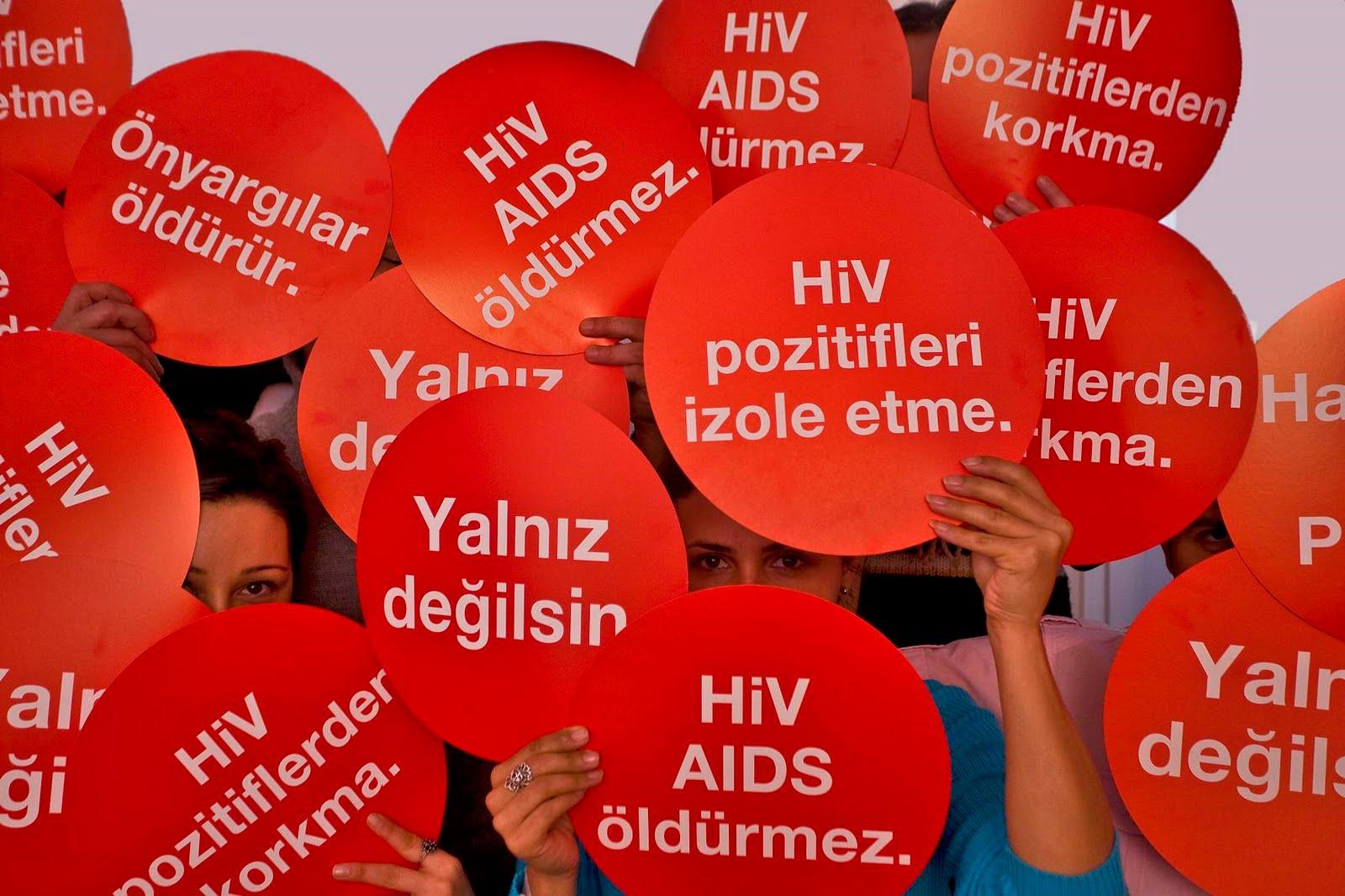 Farkındalık: 1 Aralık Dünya AIDS Günü