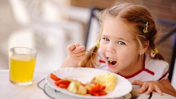 Çocuklarda Yemek Seçme Nedenleri