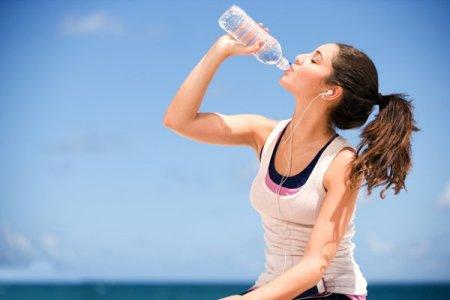 Gelişme Çağında Bol Su Tüketmeyi İhmal Etmeyin!