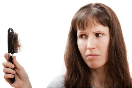 Doğumdan sonra neden saçlar daha fazla dökülür?