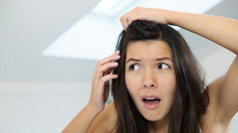 Beyaz Saçları Koparmak Beyaz Saç Sayısını Arttırırmı?