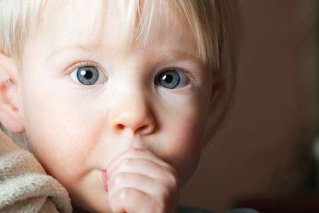 Çocuklarda Parmak Emme Diş Bozukluğuna Neden Oluyor.
