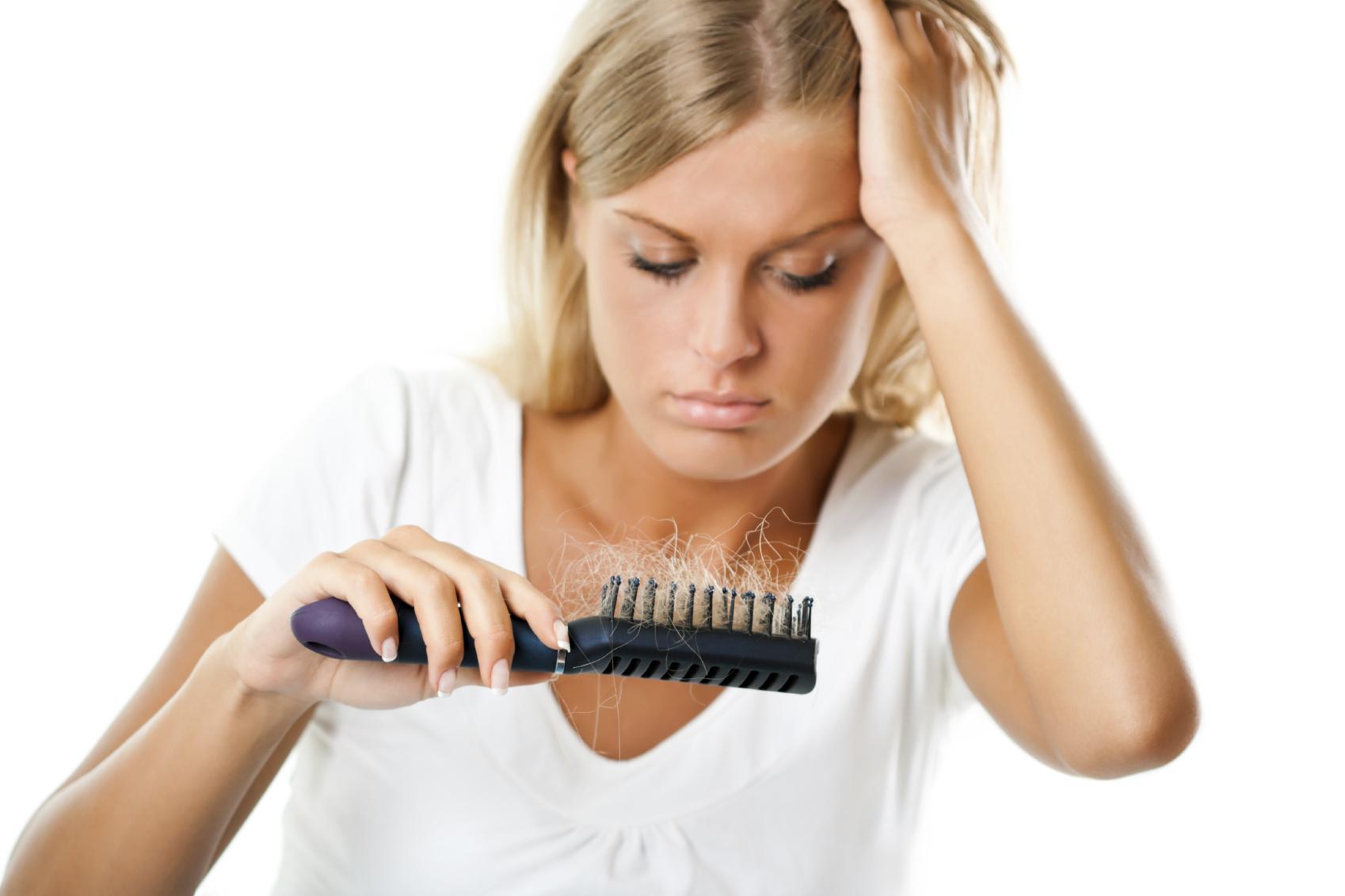 Saç Dökülmesini Engelleyebilirsiniz