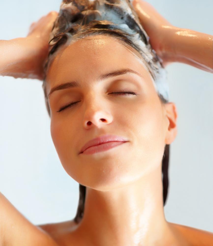 Saçı Sık Yıkamak Dökülme Sebebi Olabilir