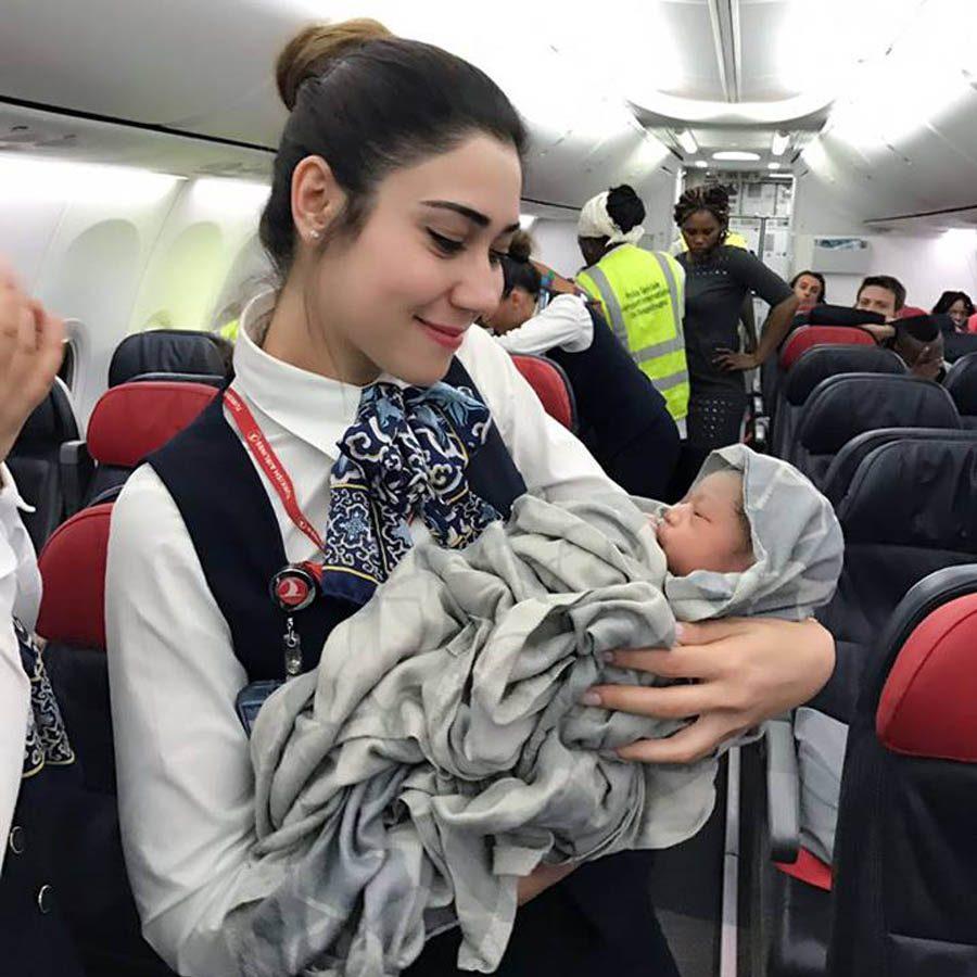 2 Yaşından Küçük Bebekle Uçağa Binerken Dikkat Edin