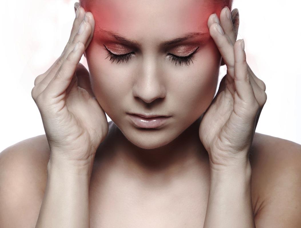 Baş Ağrısının Sebebi Beyin Kanaması Olabilir