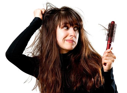 Doğumdan Sonra Saçlar Neden Dökülür?