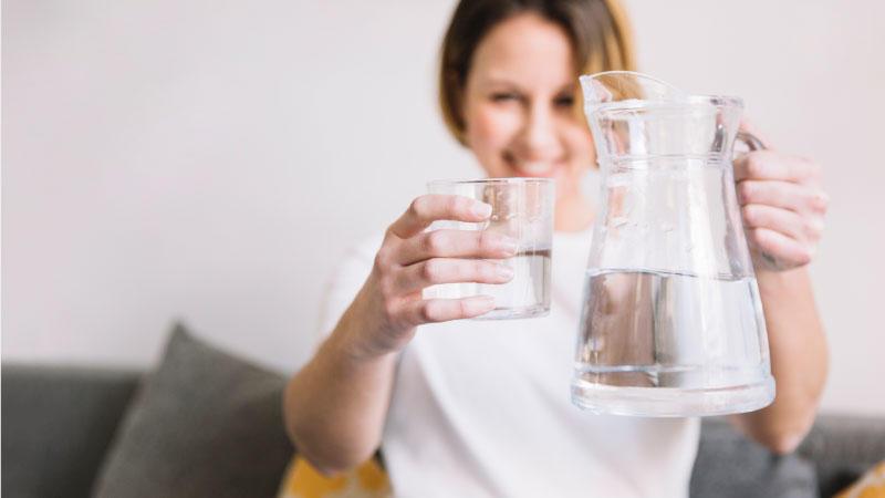 Alkali Suyun Faydaları Nelerdir? Kimler Tüketmemelidir?